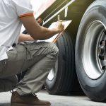 Ciężarówki na zimówkach – nowe przepisy